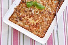 Jauheliha-makaronilaatikko Finnish Recipes, Macaroni And Cheese, Pizza, Dinner, Koti, Ethnic Recipes, Bruges, Lasagna, Mac Cheese
