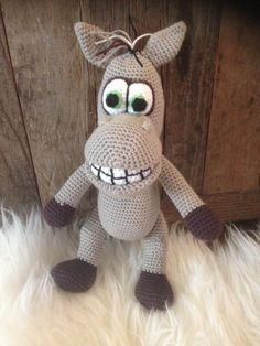 Amigurumi horse - pattern by Lovely Baby Gift
