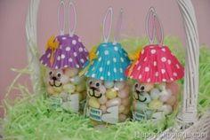 Il coniglietto porta caramelle: lavoretto fai da te per Pasqua