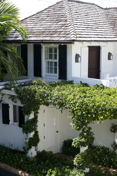 a beautiful home by J.K. Kling in Palm Beach