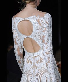 'i do' it yourself: trends : sexy back