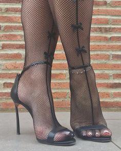 high heels – High Heels Daily Heels, stilettos and women's Shoes Sexy Legs And Heels, Hot High Heels, High Heels Stilettos, High Heel Boots, Womens High Heels, Stiletto Heels, Pantyhose Heels, Stockings Heels, Talons Sexy