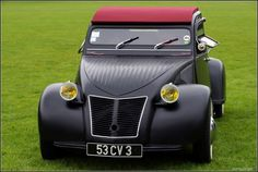 Chopped and modded 2 cv. Hope it had a GS motor in. Cool and very odd. I like it.