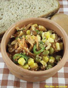 Salata od kukuruza, graška, kikirikija i susama