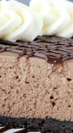 No-Bake Brownie Batter Cheesecake