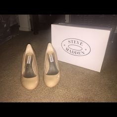 Steve Madden Pumps Brand new never worn! Bought and they were too small and lost the receipt so I couldn't return them Steve Madden Shoes Heels