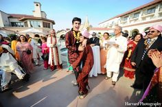 indian wedding baraat http://maharaniweddings.com/gallery/photo/11531