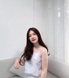 taken by khun 🌤 Asian Woman, Asian Girl, World's Cutest Girl, Pretty Korean Girls, Filipina Girls, Ulzzang Korean Girl, Student Fashion, Aesthetic Girl, Simple Makeup