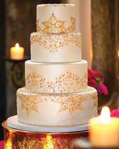 Gold Lace On Wedding Cake