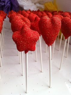 Star & Heart Cake Pops for a Hollywood Themed birthday party www.thecakepopbak...