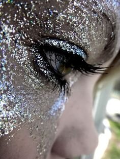 Glitter bombs Gypsy Sparkle Sequins Iridescent Mermaid Luxe Stardust See more Sparkling Fashion Photography Style Inspiration untamedorganica Makeup Art, Eye Makeup, Hair Makeup, Makeup Ideas, Sparkles Glitter, Silver Glitter, Glitter Face, Glitter Girl, Metallic