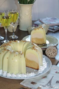 Bizcoflan con gelatina de limón