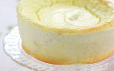"""750g vous propose la recette """"Nuage à la vanille"""" notée 5/5 par 2 votants."""