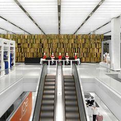 Joe Fresh New York flagship store, em Nova Iorque, EUA. Projeto do escritório Burdifilek. #moda #atitude #fashion #fashionattitude #lojaconceito #conceptstore #storedesign #interior #interiores #artes #arts #art #arte #decor #decoração #architecturelover #architecture #arquitetura #design #projetocompartilhar #davidguerra #shareproject #joefresh #joefreshnewyork #newyork #ny #novaiorque #eua #usa
