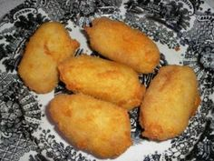 Croquetas de pollo thermomix, Receta Petitchef Spanish Dishes, Spanish Food, Spanish Recipes, Eat Me Drink Me, Food And Drink, Empanadas, Food Inspiration, Tapas, Chicken Recipes