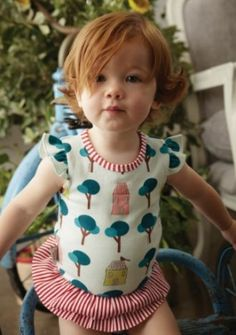 Want....The dress and a red head baby!!!!