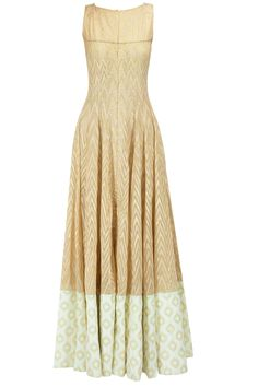 Beige zig zag pattern gown available only at Pernia's Pop-Up Shop.