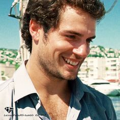 Henry Cavill. lookin real good in this picture!