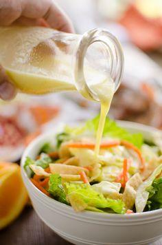 Chipotle, Healthy Salads, Healthy Eating, Ginger Salad Dressings, Thai Chicken Salad, Ginger Juice, Orange Salad, Vinaigrette Dressing, Food For A Crowd