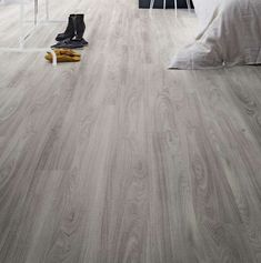 Wood Floor Ideas This unique real wood flooring can be an inspiring and top-notch idea Ash Flooring, Engineered Hardwood Flooring, Vinyl Flooring, Hardwood Floors, Flooring Ideas, Kitchen Flooring, Camaro Flooring, Wooden Floor Tiles, Palette