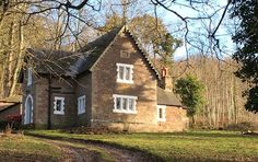 Keepers Cottage, a Victorian gamekeepers house reached by a private track through the woods at Keepers Cottage, Hereford Holidays In England, Arts And Crafts House, Herefordshire, Country Living, Bungalow, Woodland, To Go, Farmhouse, Victorian