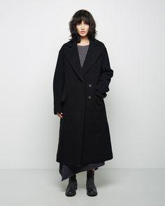 Hachung Lee / Wool Coat Organic by John Patrick / Combo Knit Pullover Hachung Lee / Asymmetric Wool Skirt Marsèll / Listarro Short Boot