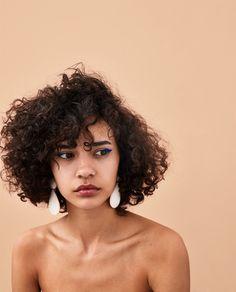 47 Cute Curly Hairstyles Design Ideas for Teenage in 2019 - Schöne Frisuren Curly Hair Styles, Cute Curly Hairstyles, Natural Hair Styles, Curly Hair Model, Curly Girl, Short Hair Girls, Natural Black Hair, Short Hair Model, Female Hairstyles