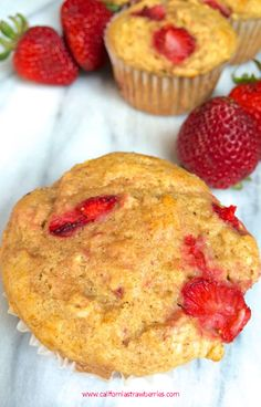 Strawberry Oatmeal Yogurt Muffins -- yum!  via @thelemonbowl http://bit.ly/1rtURRd #fall4strawberries @castrawberries  #spon