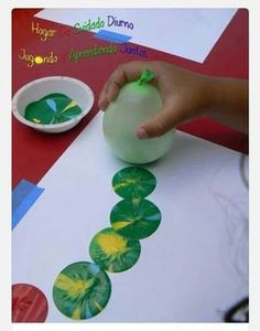 The Hungary caterpillar balloon painting Kids Crafts, Toddler Crafts, Diy And Crafts, Arts And Crafts, Balloon Painting, Diy Painting, Painting Flowers, Painting Tools, Butterfly Painting