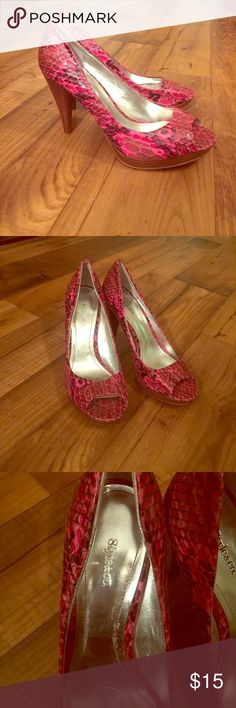 Style&co. Hot Pink Snakeskin Platform Heels These shoes are adorable and have only been worn once! Hot pink/black snakeskin printed shoes. Peep toe with wooden platform and heel! Style & Co Shoes Platforms