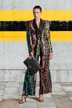 Fashion 2020, Fashion News, Fashion Show, Fashion Trends, Women's Fashion, Vogue India, Backstage, Just Cavalli, Roberto Cavalli