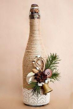 Glass Bottle Crafts, Wine Bottle Art, Painted Wine Bottles, Diy Bottle, Glass Bottles, Rope Crafts, Jar Crafts, Felt Crafts, Christmas Wine Bottles