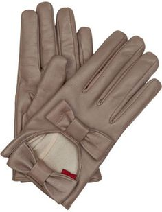 4_valentino-bow-detailed-leather-gloves_8-on-trend-leather-gloves