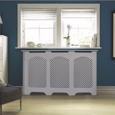 Cambridge Adjustable Medium - Large White Painted Radiator Cover - B&Q for all your home and garden supplies and advice on all the latest DIY trends Diy Radiator Cover, Towel Radiator, Tall Radiators, Best Radiators, Painted Radiator, Traditional Radiators, Designer Radiator, Interior Decorating, Hall