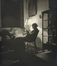 Margaret MICHAELIS, No title [Margaret Michaelis, née Gross, and her father Henryk Gross reading] Vintage Photos, Father, Gelatin, Reading, Austria, 1920s, Photography, Painting, Interiors