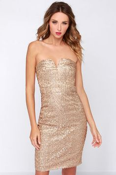 44bff037de3b1a A sparkling yet simple cut can be very flattering on any skin