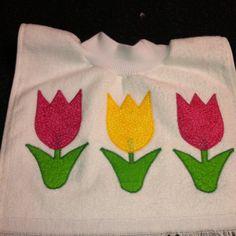 Fingertip baby bib by Ruthiebelle Crafts