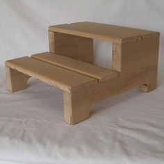 DIY Pallet Step Stool | Pallet Furniture DIY