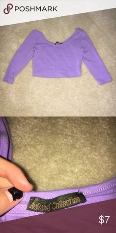 Long sleeve purple crop top Light purple long sleeve crop top! Worn once, size Small Tops Crop Tops
