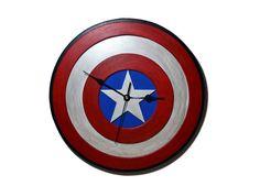 Reloj de pared del logo de Capitan America de por PepitosAtelier