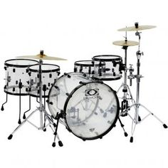 Want of the top kits on my want list - Drum Craft Series 8 Acrylic Drum Kit. Drum Craft stuff is fantastic. Drums Electric, Drums Artwork, Drum Craft, How To Play Drums, Drummer Boy, Drum Kits, Drummers, Music Instruments, Guitars