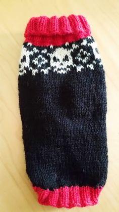 Satumaisia silmukoita: Koiran pääkalloneule Animals And Pets, Knitted Hats, Knit Crochet, Knitting Patterns, Maas, Winter Hats, Beanie, Sweaters, Dog