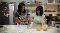 Minutes futées : Crème de champignons santé Verrine Fruit, Nutrition, 21 Day Fix, Popsicles, Deserts, Low Carb, Lunch, Breakfast, Recipes