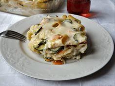 La Pasta al forno leggera con verdure e' gustosa e avvolgente come molte paste al forno, ma come dice il nome e' piu' leggera.