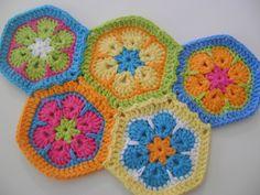 Free Hexagon Crochet Patterns - at mooglyblog.com