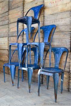 chaise de bistrot multipl's joseph mathieu, tolix industrielle, mobilier industriel lyon