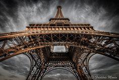 Eiffel Tower by Frédéric MONIN - Photo 132149509 - 500px