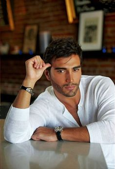 Rodiney Santiago, 30 years old from Brazil who now resides in Miami, Florida. Ths handsome man has height weight 175 lbs, brown h. Handsome Men Quotes, Handsome Arab Men, Hot Men, Strong Woman Tattoos, Beautiful Women Quotes, Men Quotes Funny, Hommes Sexy, Male Face, Attractive Men