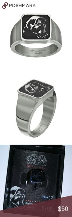Star Wars Men's Ring Star Wars: Episode VII The Force Awakens Men's Kylo Ren Stainless Steel Ring  Product Details  With an eye-catching Kylo Ren design, this men?s stainless steel Star Wars: Episode VII The Force Awakens ring is sure to be a fan favorite. Comes in a gift box.   RING DETAILS  Width: .56 in.Metal: stainless steel    Size 10 Disney Accessories Jewelry