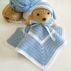 Uyku arkadaşı tatlı ayıcığım bittiona sarılıp uyumayı çok isterdim ama sahibi annesinin karnında by gulllgunay Crochet Security Blanket, Crochet Lovey, Baby Security Blanket, Crochet Baby Toys, Crochet Teddy, Manta Crochet, Crochet For Kids, Diy Crochet, Crochet Dolls